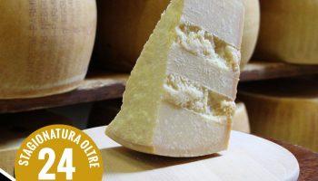Parmigiano Reggiano stagionato 24 mesi nel formato da 1 kilo