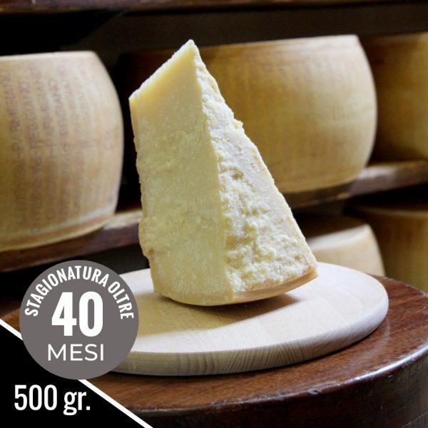 Pezzo di Parmigiano Reggiano Vacche Rosse 40 mesi