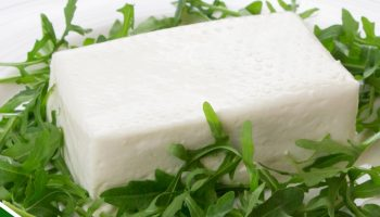 Stracchino fresco prodotto con latte di Vacche Rosse
